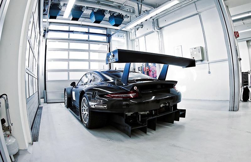 Developing the Porsche 911 RSR