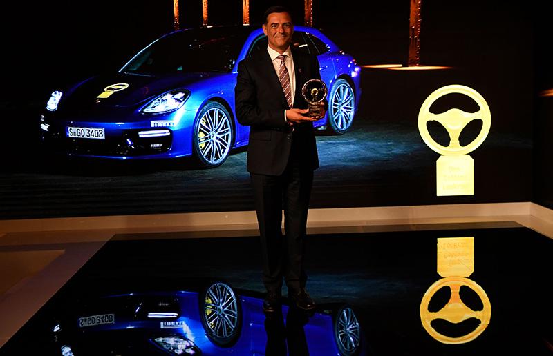 porsche panamera turbo sport award